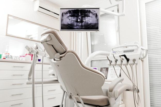 En erfaren tandlæge
