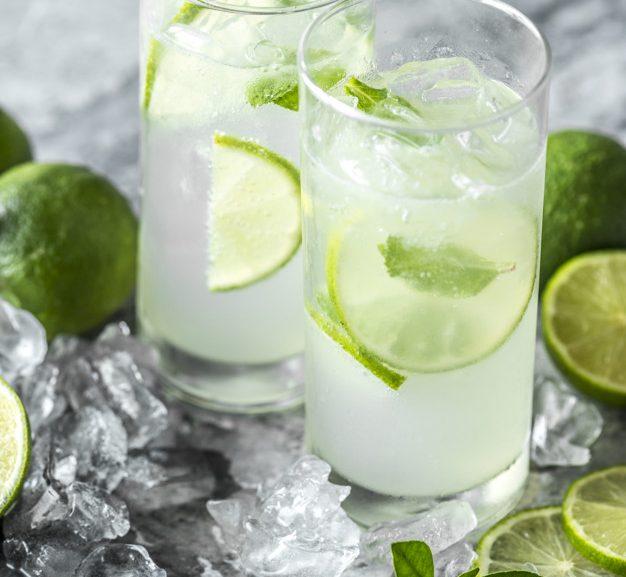 På med det stiveste puds og fyr op får lækre cocktails