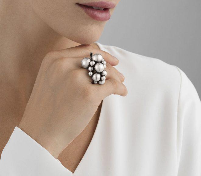 Få et stilrent og elegant look med Georg Jensen Moonlight Grapes